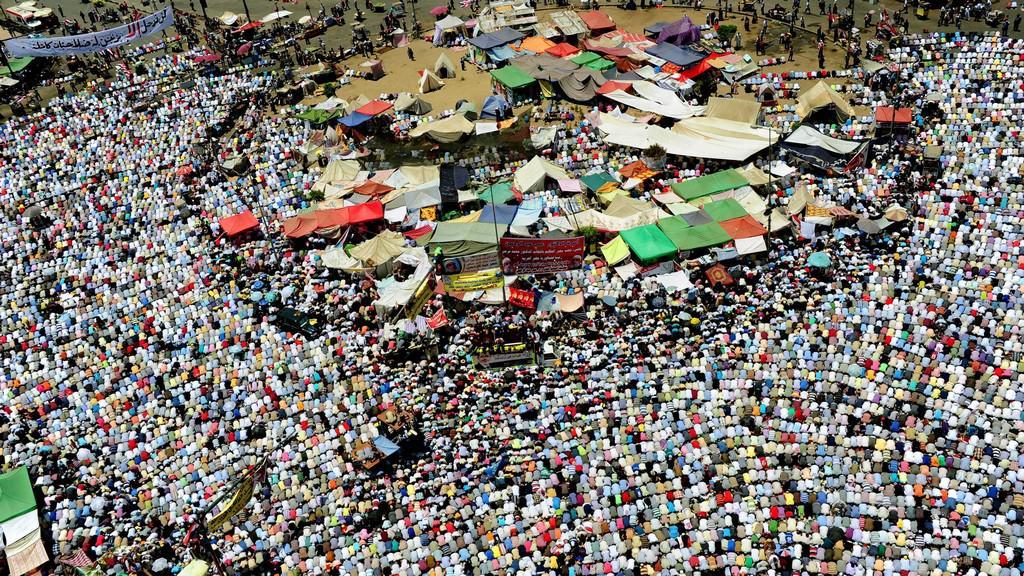 Náměstí Tahrír očekává projev Mursího