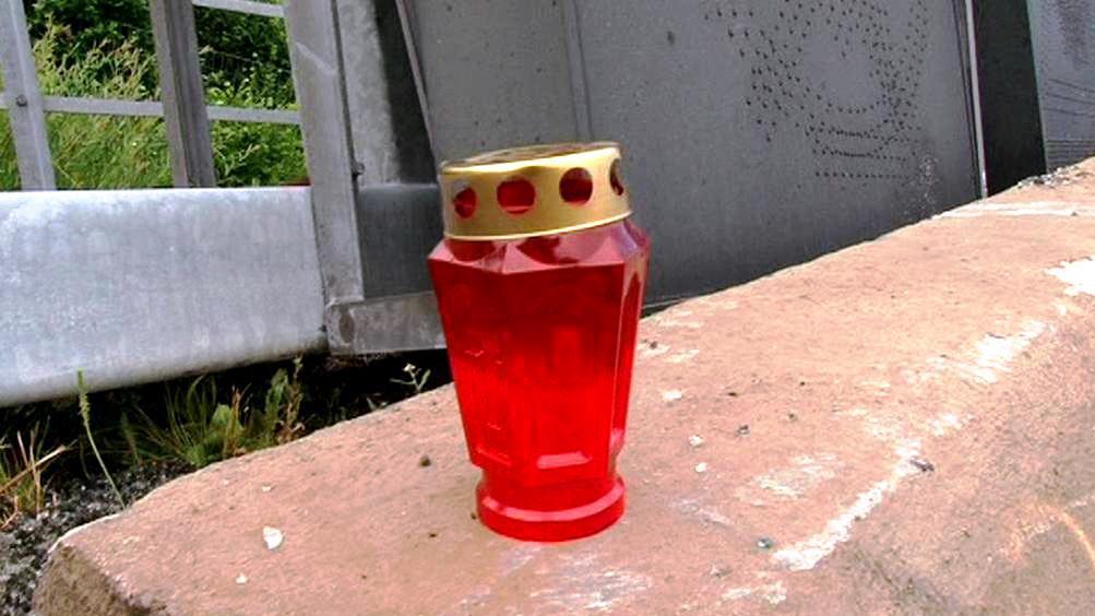Svíčka na místě nehody