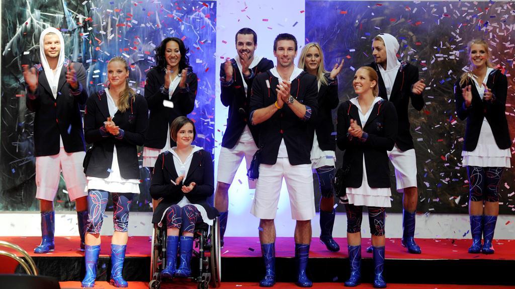 Olympionici představili oblečení pro Londýn