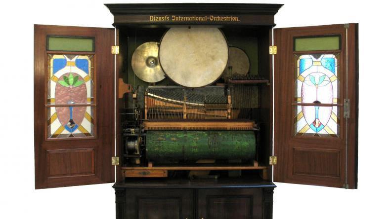 Z výstavy Kouzelné hrací strojky