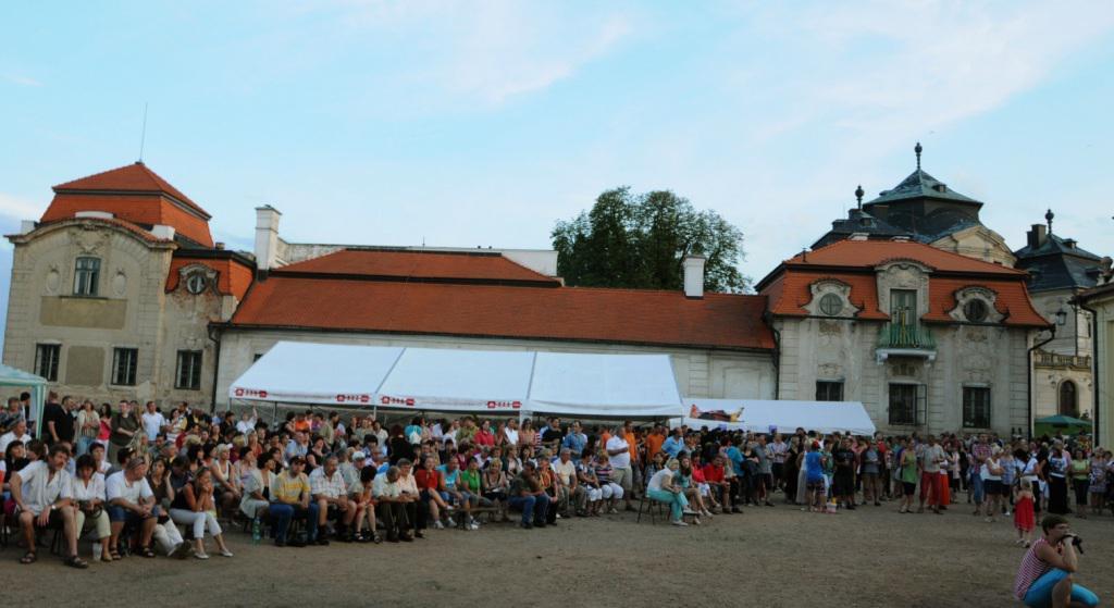Program na zámku Karlova koruna