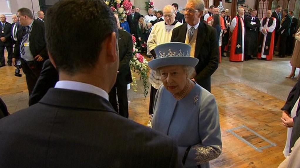 Královna se zúčastnila i bohoslužby díkůvzdání v protestantské katedrále