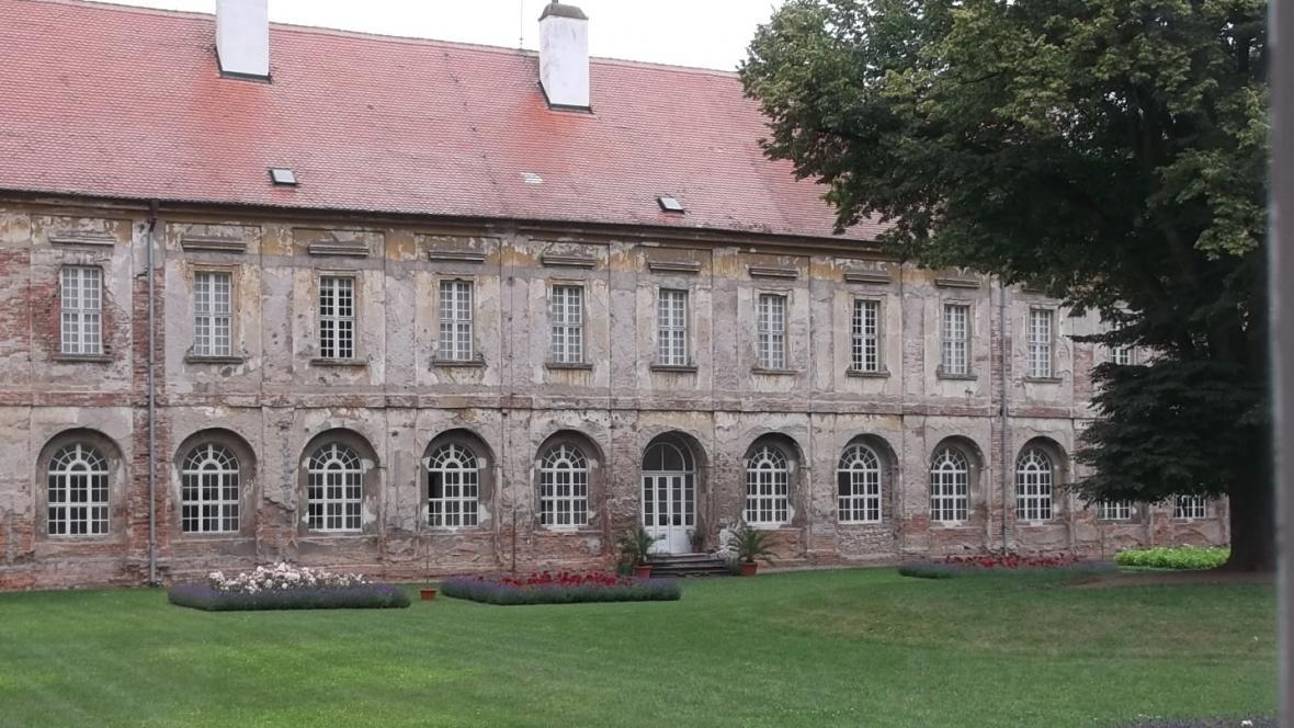 Křídlo rajhradského kláštera