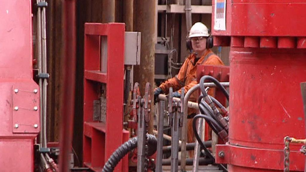 Práce na ropné plošině