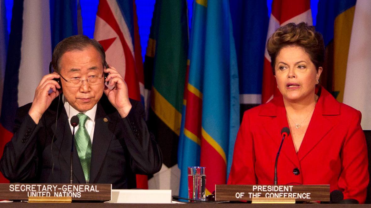 Pan Ki-mun a brazilská prezidentka Dilma Rousseffová