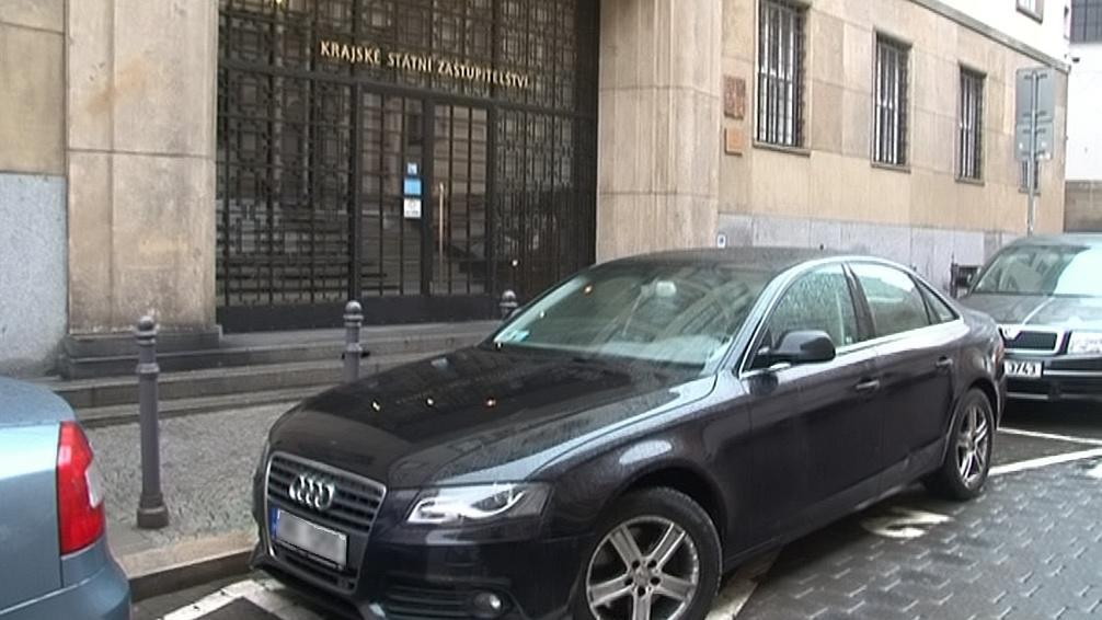 Auto Petra Coufala na vyhrazeném parkovišti KSZ v Brně