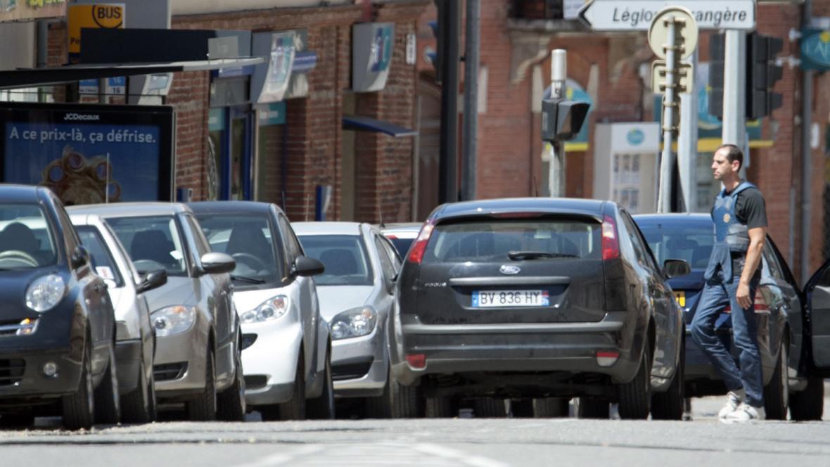 Útočník drží v Toulouse v bance rukojmí