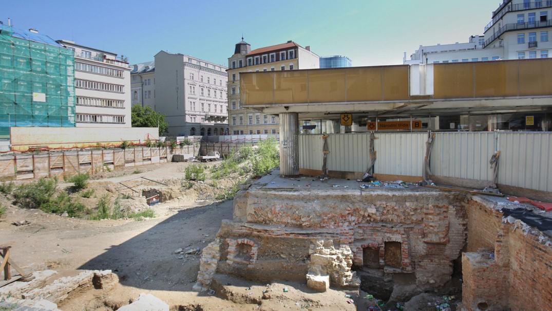 Stanice metra Národní třída se na dva roky uzavře kvůli stavbě administrativního a bytového centra Copa