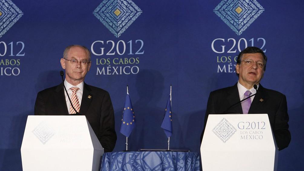 Prezident Evropské rady Herman Van Rompuy a prezident Evropské komise José Manuel Barroso
