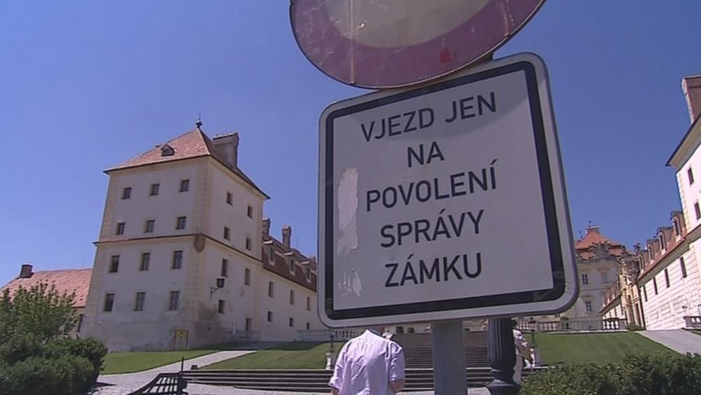 Zákaz ve Valticích