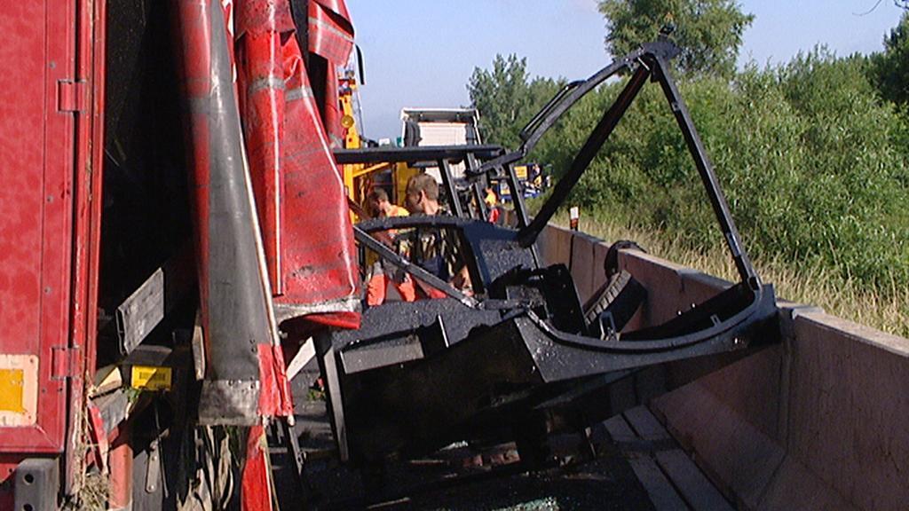 Nehoda kamionu na D1