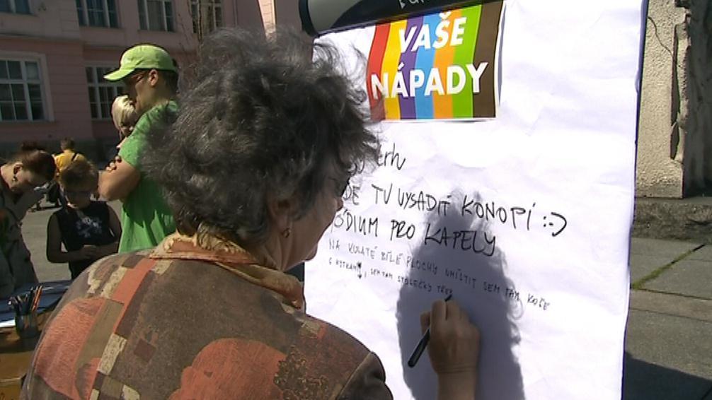 Podpisová akce proti podobě náměstí