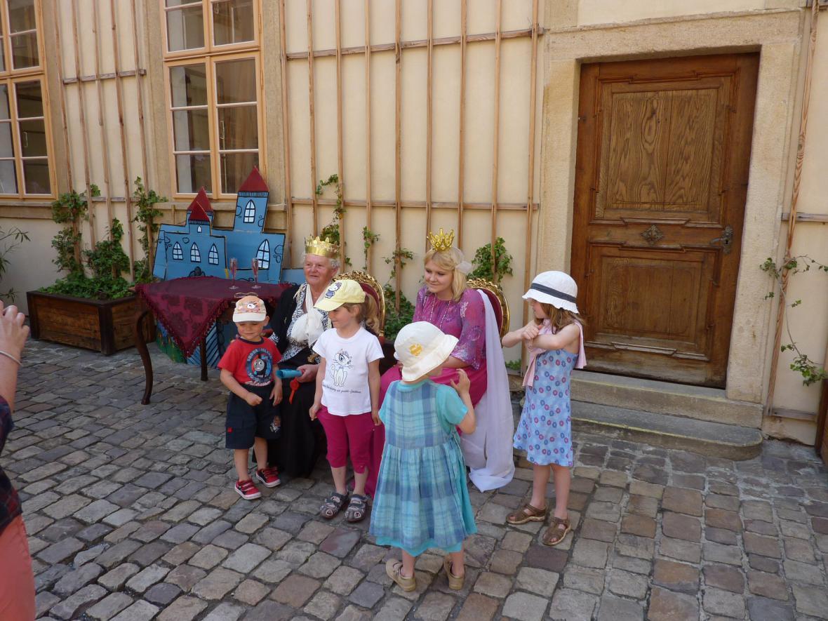 Ze zámku v Mníšku pod Brdy - Pohádkové putování