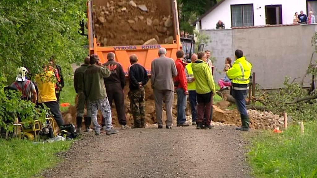 Oprava hráze rybníka Dolní Kladiny