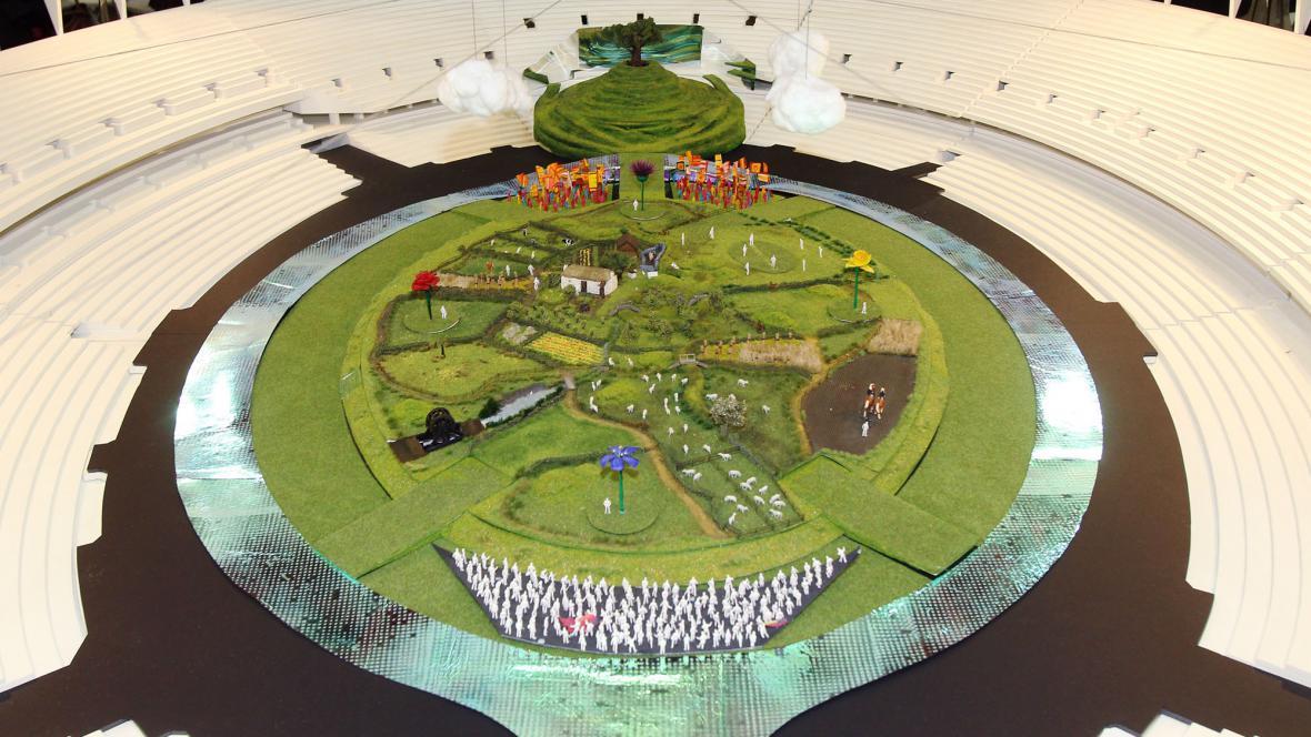Model pódia na olympijském zahajovacím ceremoniálu
