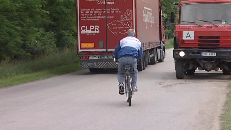Za poslední roky na úseku zemřeli dva cyklisté