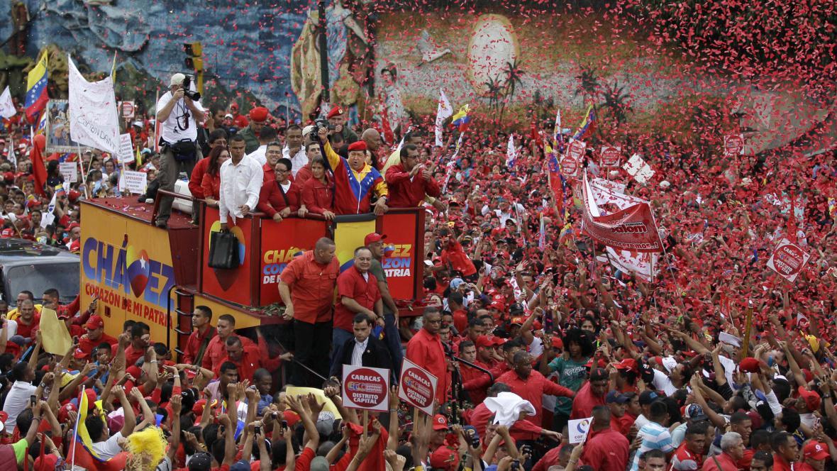 Cháveze podpořily tisíce lidí