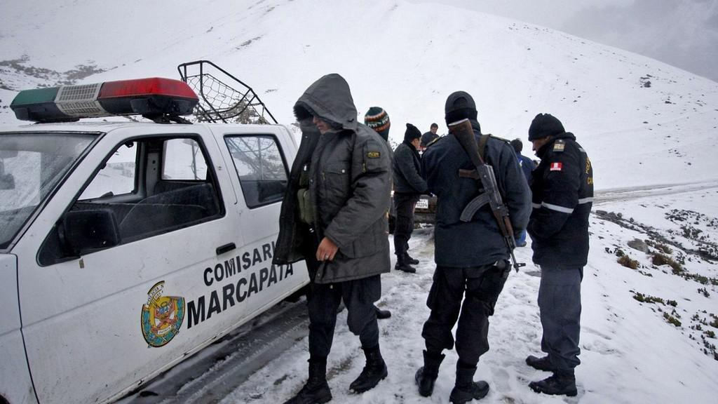 Pátrání po vrtulníku v Peru