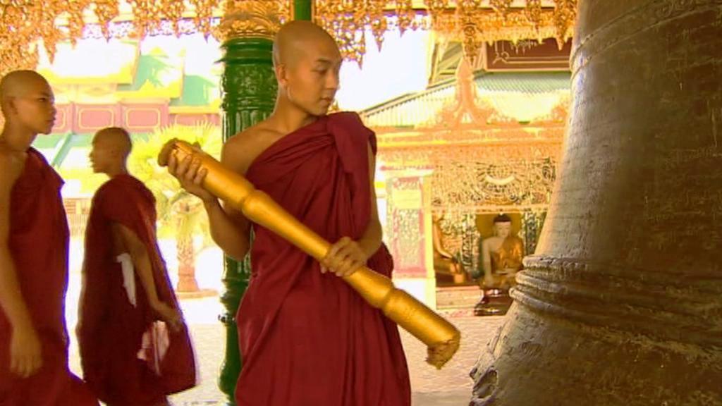 Mniši v Barmě