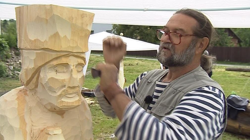 V Kunštátě vznikají sochy na sympozium