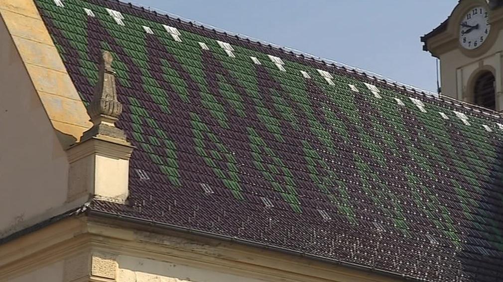 Věřící se složili na opravu střechy