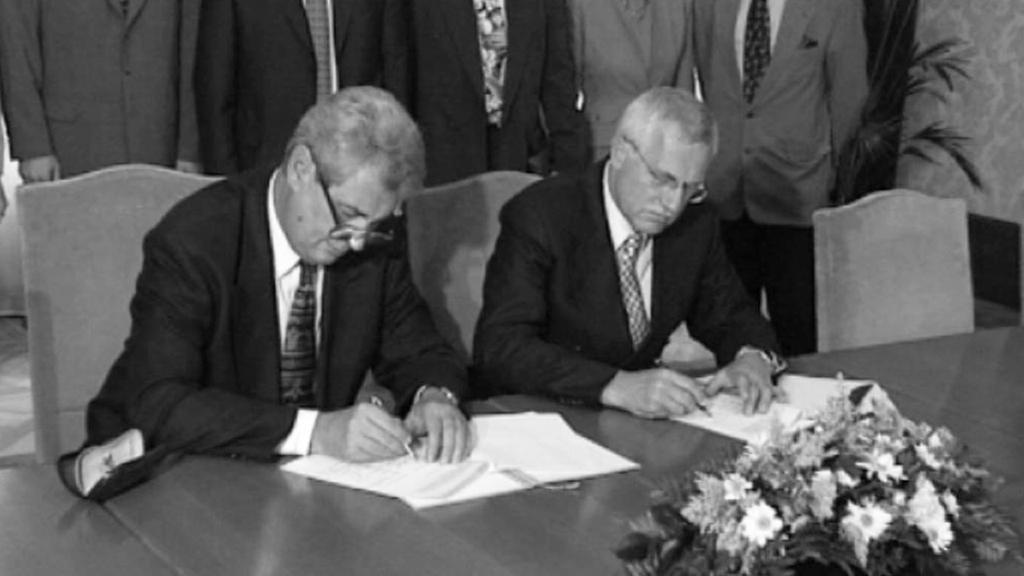 Podpis opoziční smlouvy