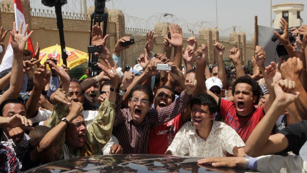 Egypťané slaví rozsudek nad Mubarakem