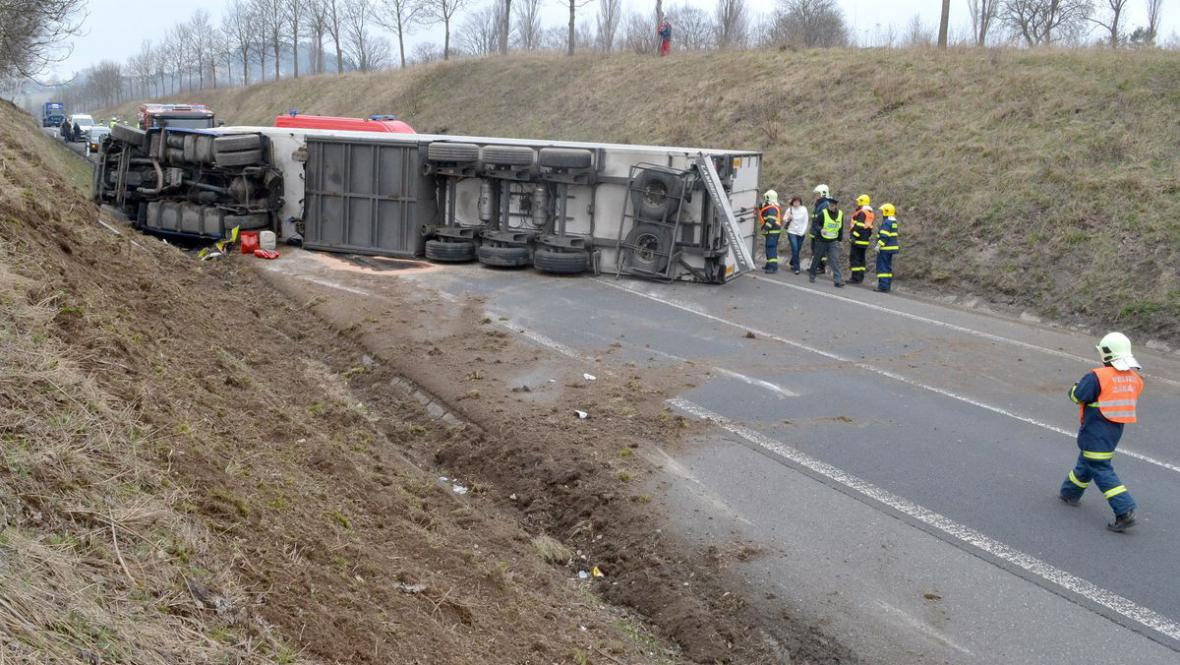 Nehoda kamionu