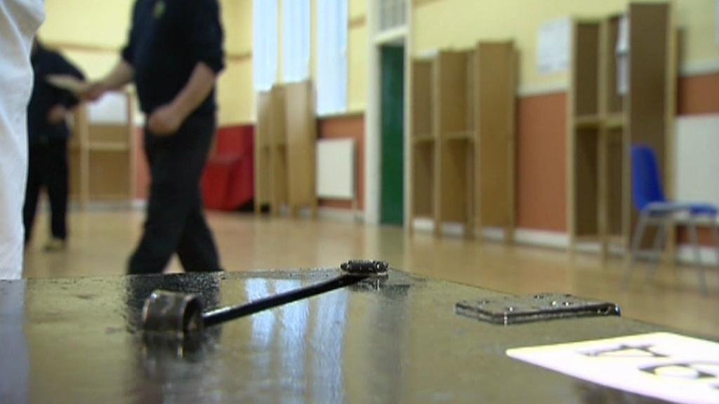 Irové hlasují v referendu