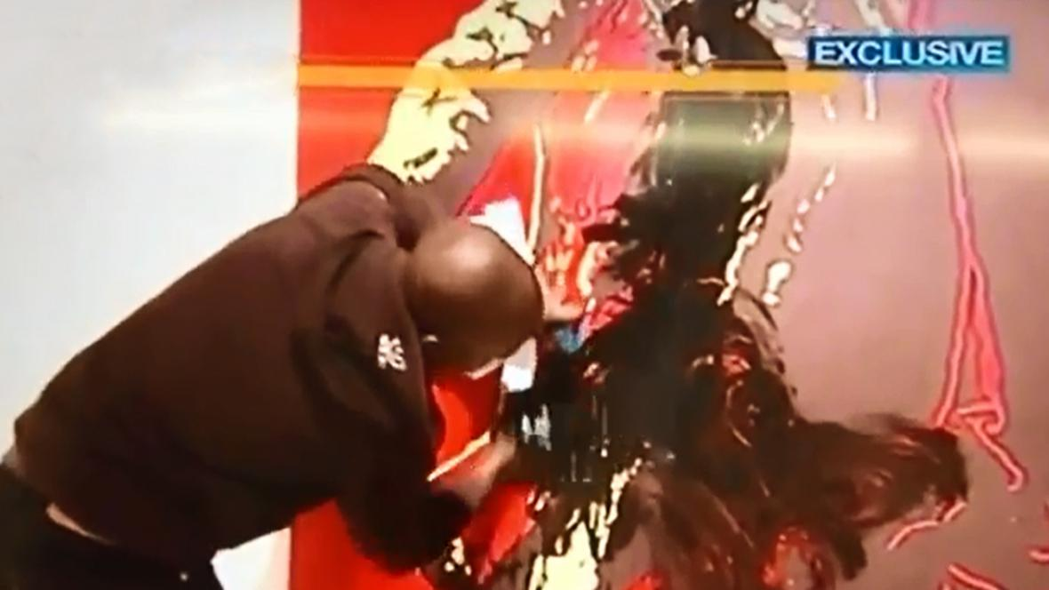 Vandal hanobí kontroverzní portrét Jacoba Zumy