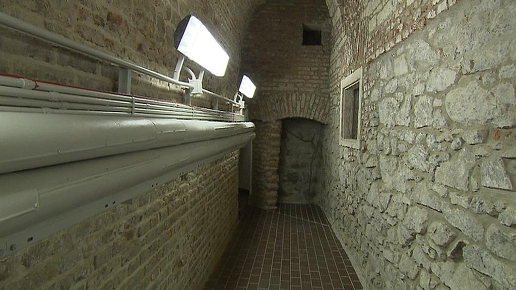 Tunely pod Národním divadlem