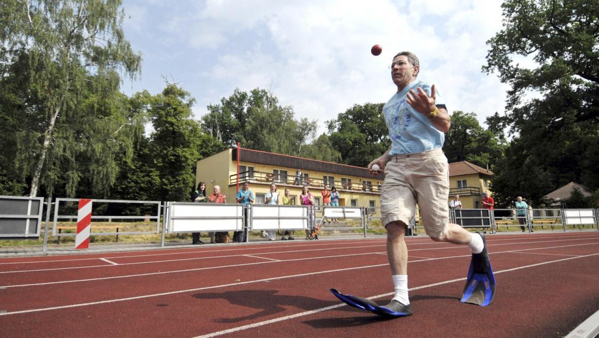 Šampion Guinnessových rekordů Ashrita Furman