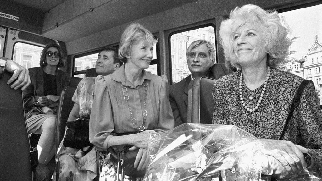 Dagmar Burešová, Jiří Dienstbier a Olga Havlová