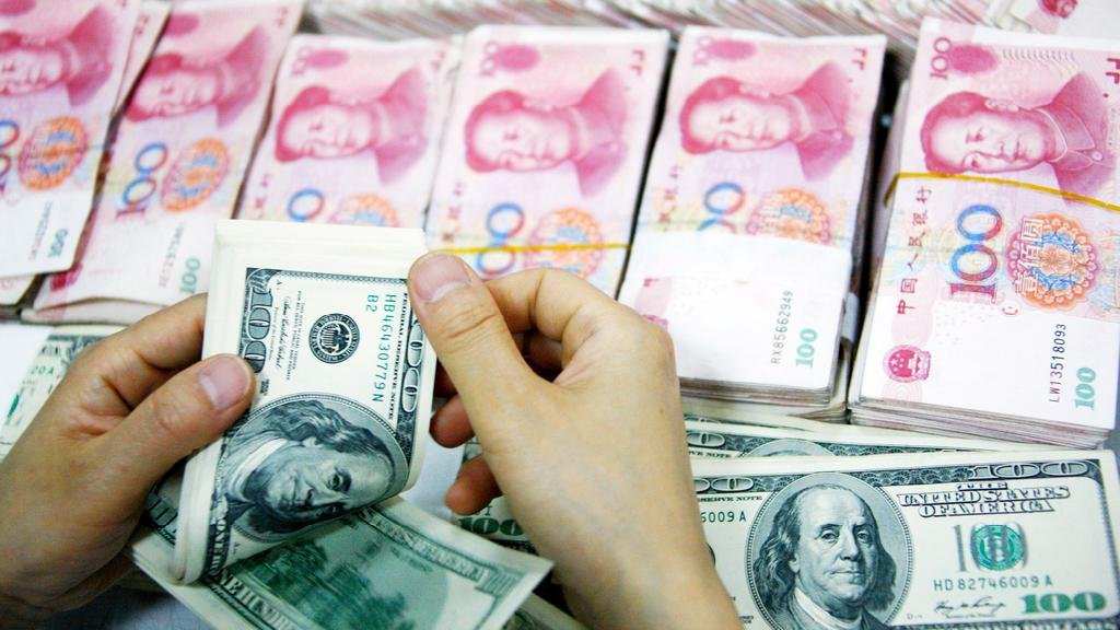 Dolar versus jüan