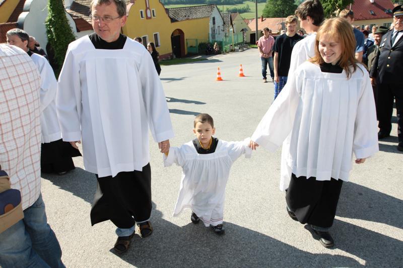 Z návštěvy kardinála Miloslava Vlka v Lažišti