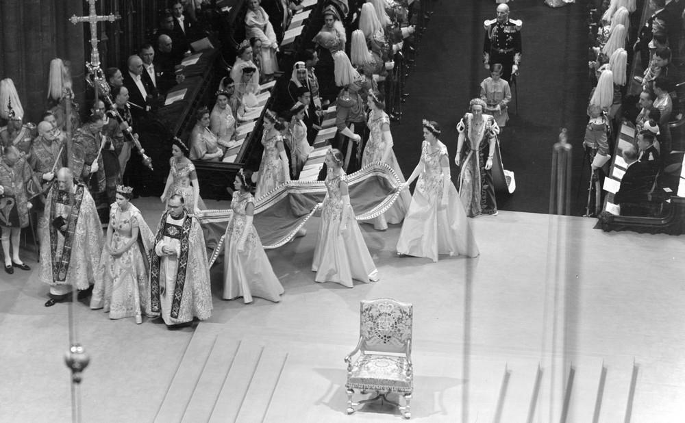 Korunovace Alžběty II. ve Westminsterském opatství