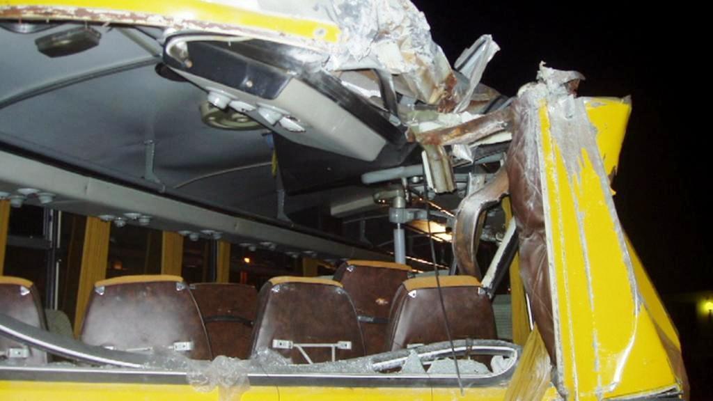 Nehoda autobusu v Račicích