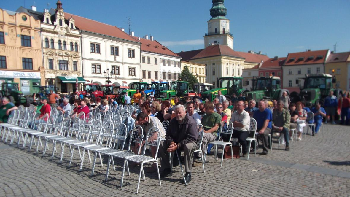 Setkání zemědělců na Velkém náměstí v Kroměříži