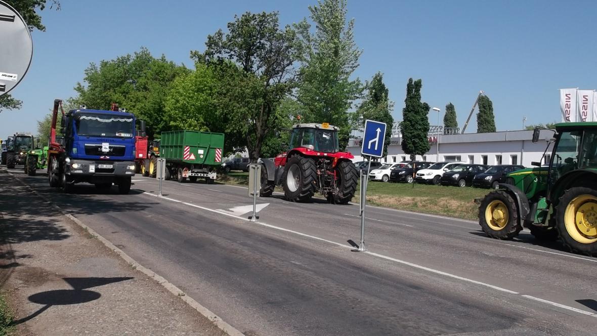 Zemědělské stroje na okraji Brna