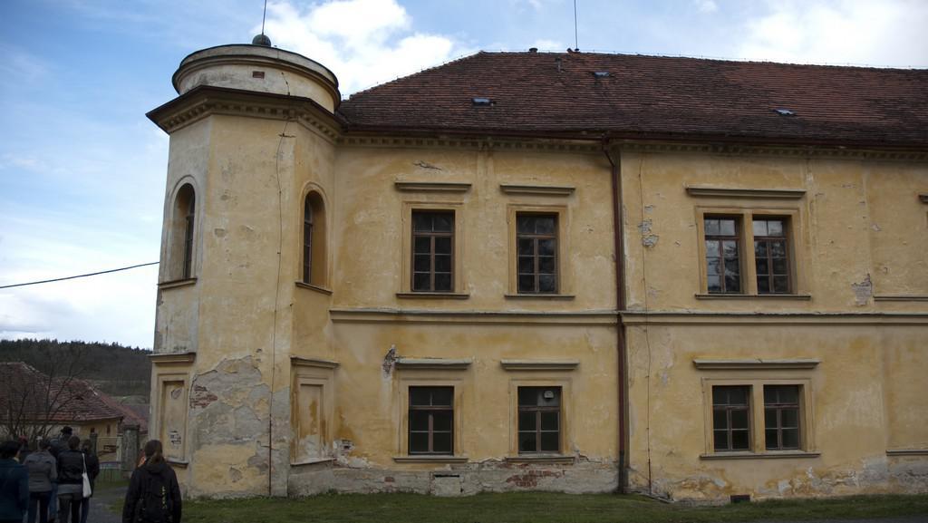 Soukromý zámek v obci Nalžovské Hory