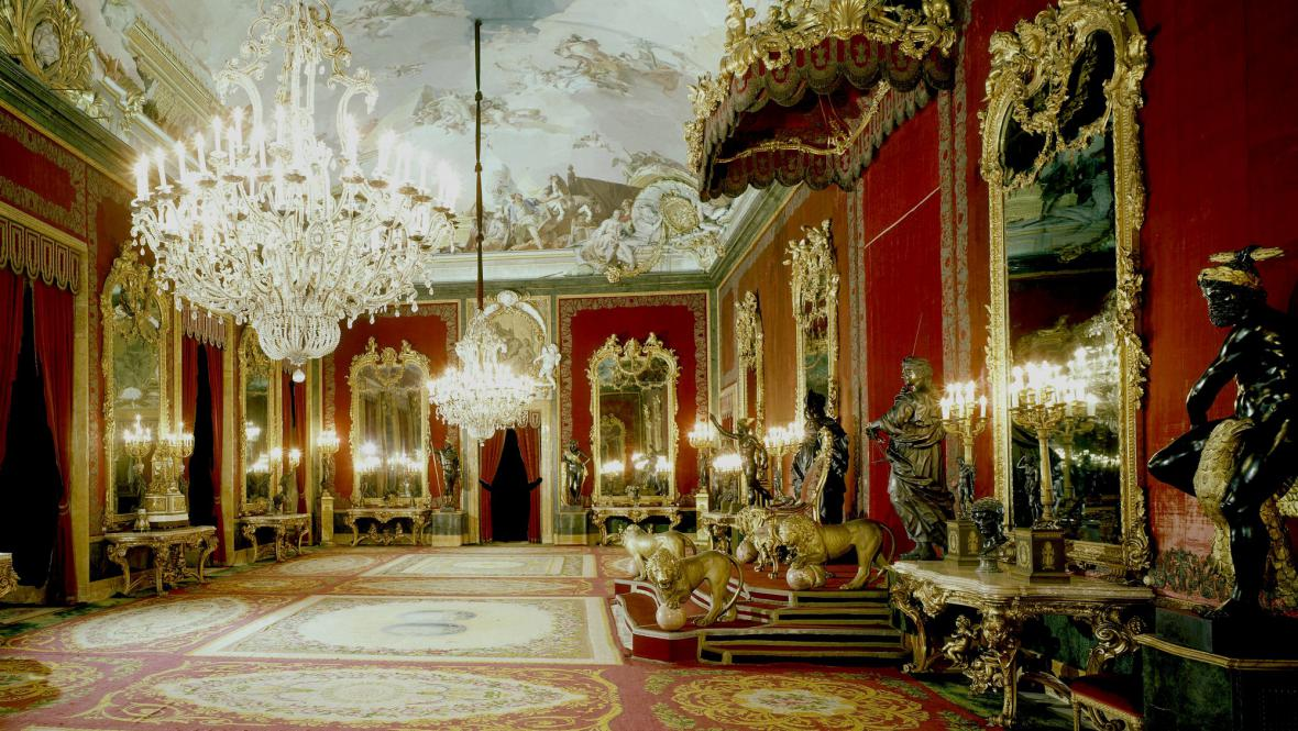 Trůní sál madridského královského paláce