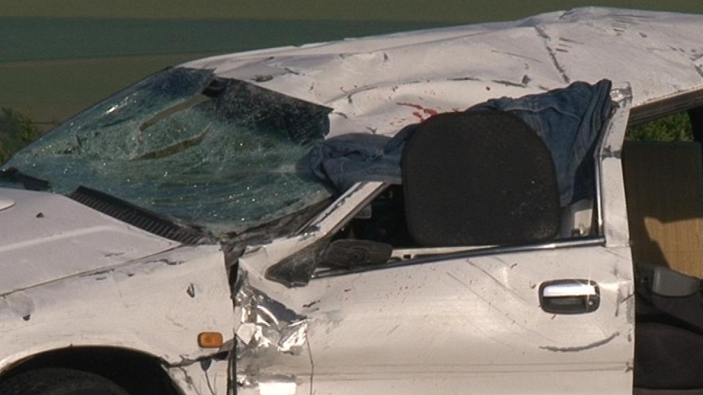 Řidič auta při dopravní nehodě zemřel