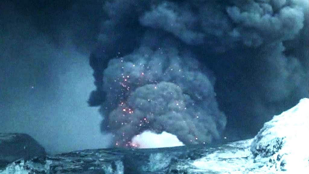 Ledovcový vulkán Grímsvötn chrlí sopečný prach