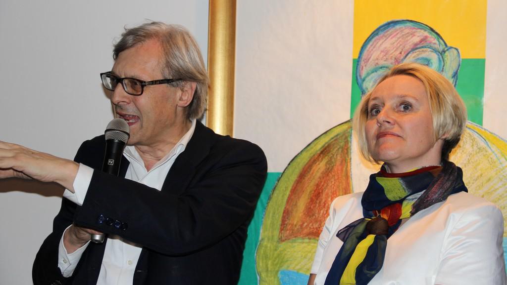 Vittorio Sgarbi a galeristka Monika Burian Jourdan