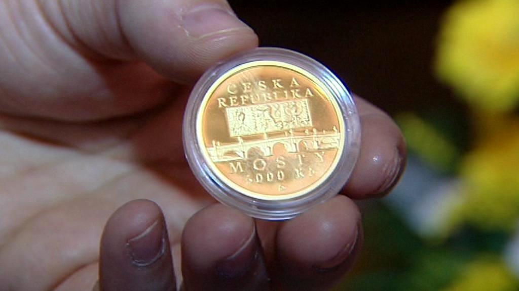 Pamětní mince s motivem náměšťského mostu