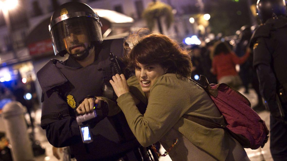 Demonstraci v Madridu rozehnala policie