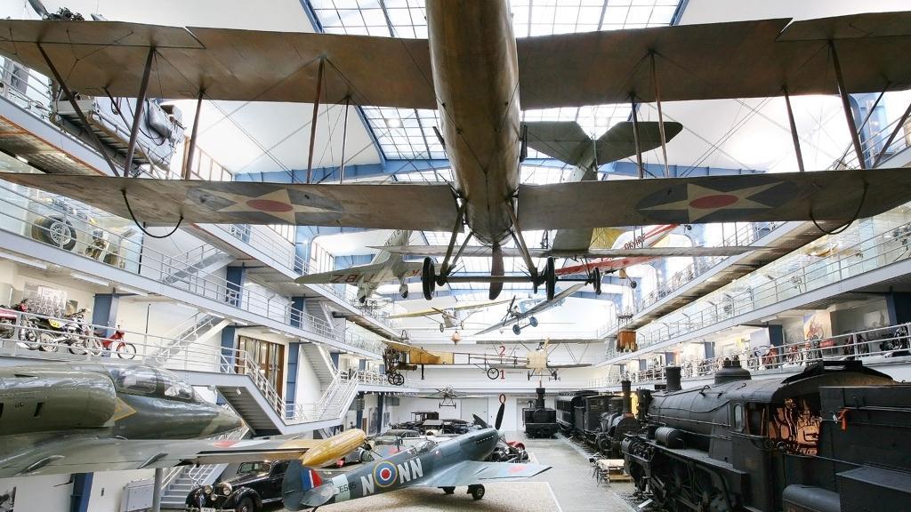 Dopravní hala Národního technického muzea