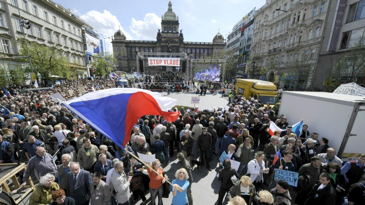 Stop vládě: Protesty na Václavském náměstí