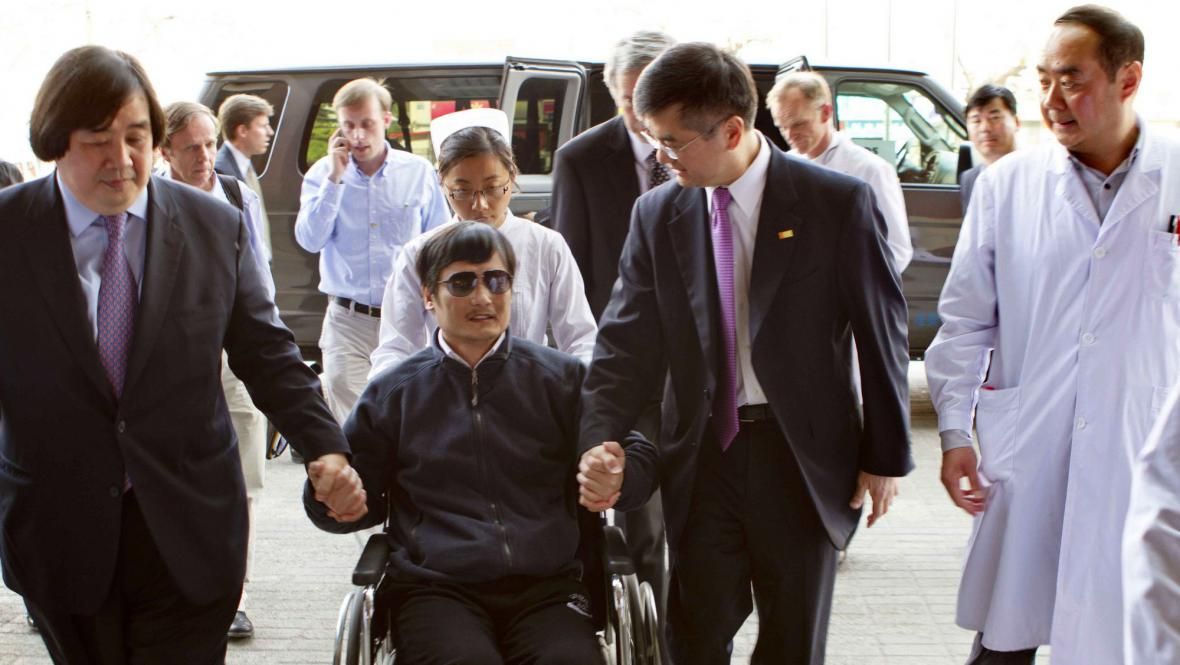 Čchen Kuang-Čcheng odchází z americké ambasády