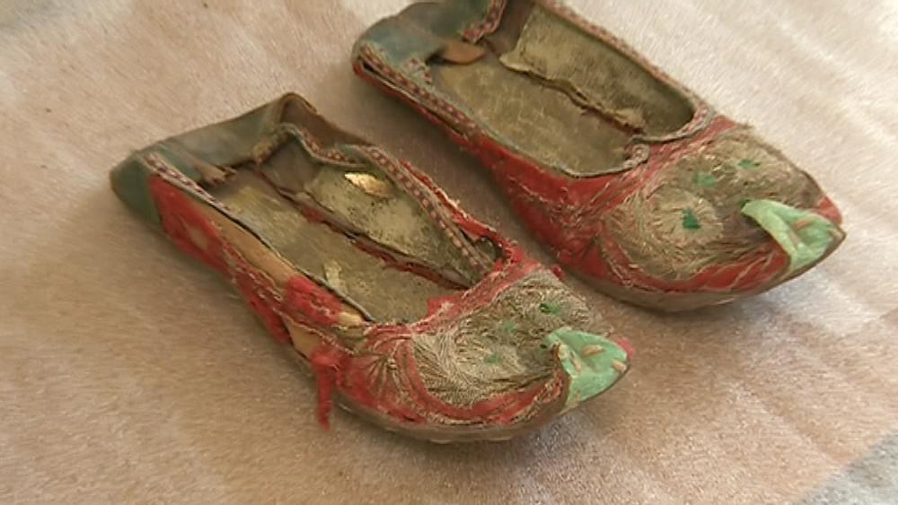 Ukázky historické obuvi